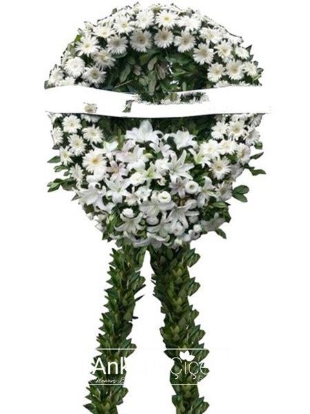 Beyaz Çiçeklerle Cenaze Çelengi