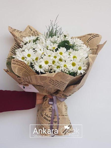 Kır Çiçek Papatya Buketi